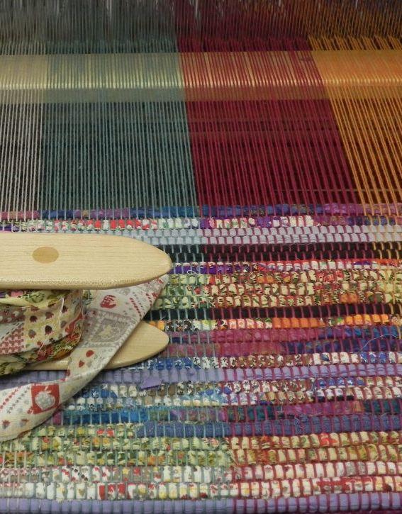 41 Rag Rug Weaving