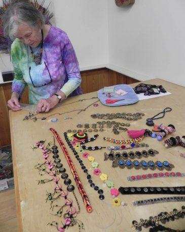 Bead Class Button Jewelry