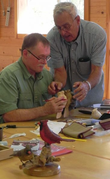 Carving-songbirds-with-Jerry-Landwehr