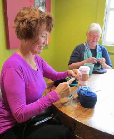 Knitting-at-the-Red-Cup-coffee-shop