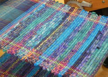 Rag Rug Weaving10