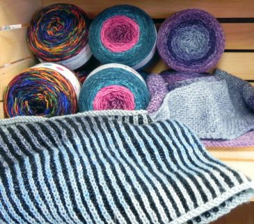 Knit Circus