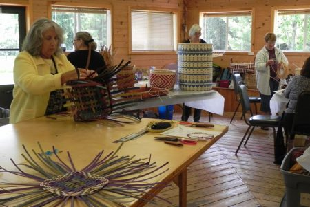 Weavers visit basketmakers