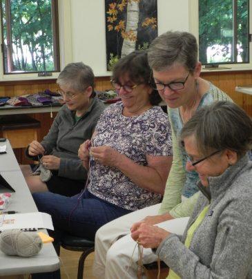 Latvian Mitten Knitting