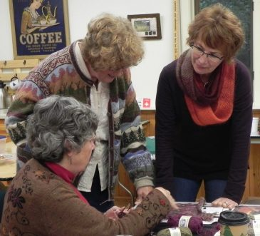 Knitters Visit12