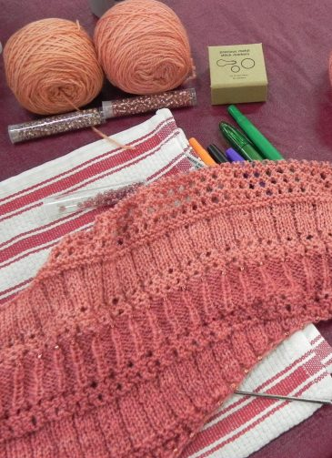 Open Studio Knitting2